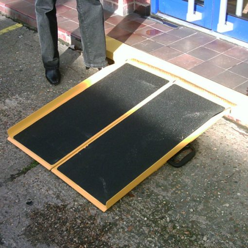 aluminium briefcase access ramp application